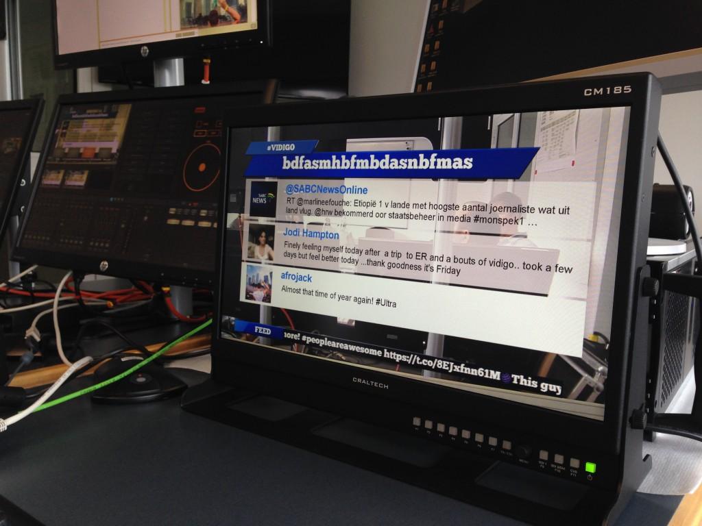 Visual Radio Tweet-Einblendung - Tweets, Posts. E-Mails ins Studio - alles ins Bild integrierbar (Foto: Deutschlandradio/Bittner)