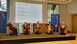 """Podium auf der Tagung  """"Digital Total"""" in Leipzig (15-16.10.2015)"""